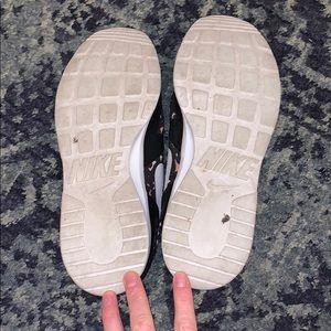 Nike Shoes - Nike Leopard Sneakers